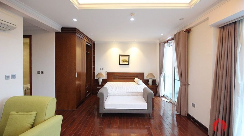 low floor 154m2 apartment in l2 ciputra 6