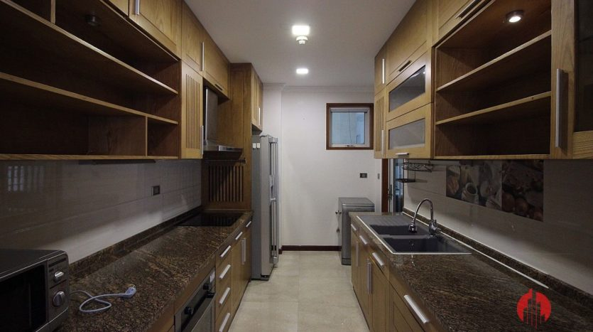 low floor 154m2 apartment in l2 ciputra 9