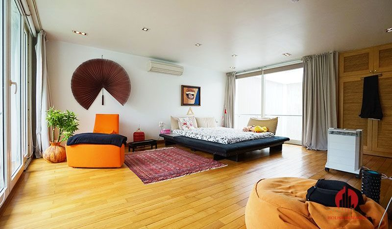 Contemporary villa with pool for lease on To Ngoc Van street Tay Ho 18