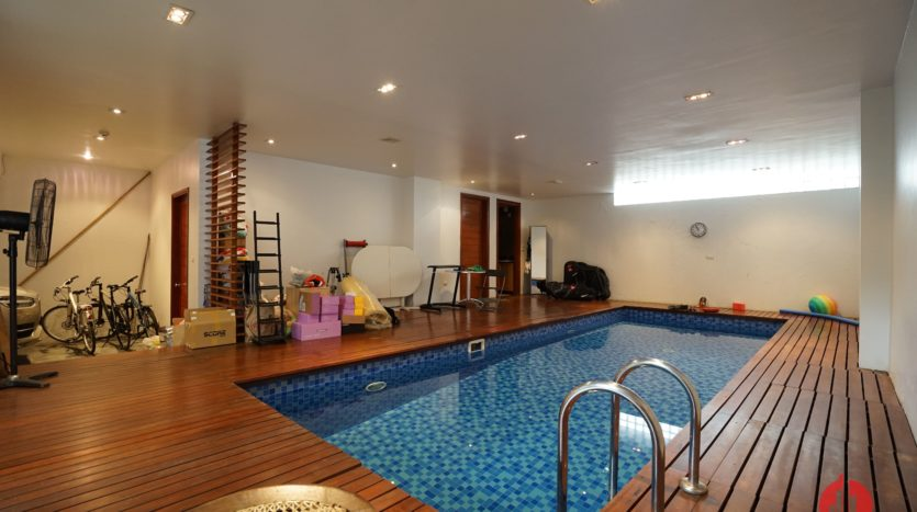 Contemporary villa with pool for lease on To Ngoc Van street Tay Ho 3