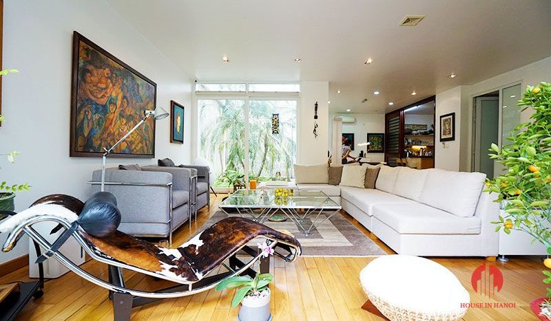 Contemporary villa with pool for lease on To Ngoc Van street Tay Ho 8