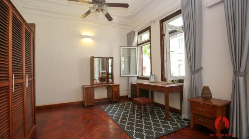 house for rent on 31 xuan dieu 11