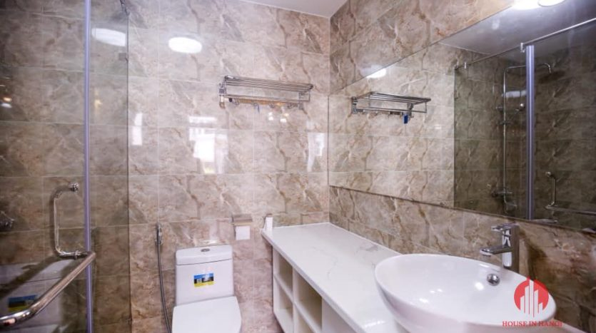 house for rent on 31 xuan dieu 13
