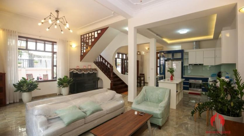 house for rent on 31 xuan dieu 14