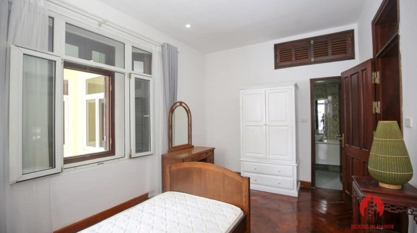 house for rent on 31 xuan dieu 15