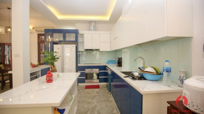 house for rent on 31 xuan dieu 23
