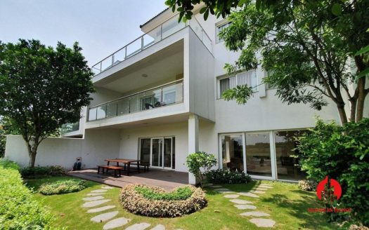 Gorgeous ambasssador villa facing Golf course in Ciputra Q Block 1