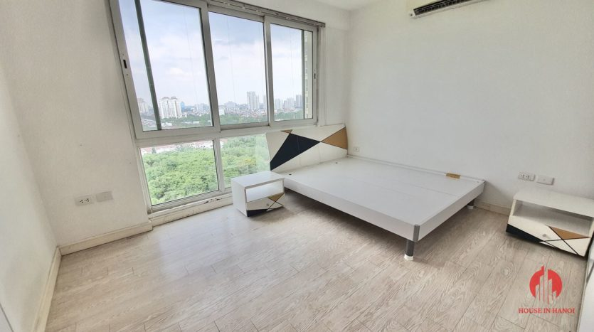 Huge golf view 182m2 apartment for rent in P2 Tower 12