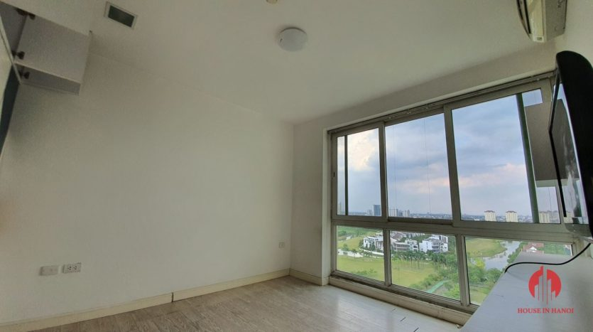Huge golf view 182m2 apartment for rent in P2 Tower 13