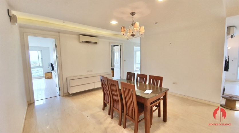 Huge golf view 182m2 apartment for rent in P2 Tower 16