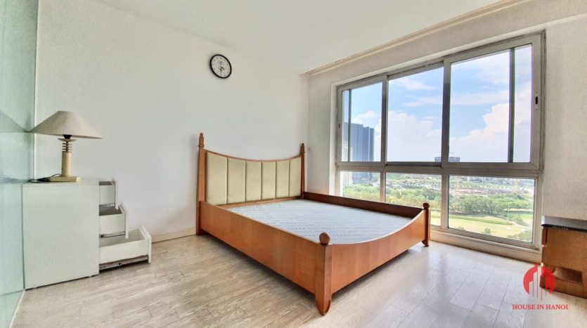 Huge golf view 182m2 apartment for rent in P2 Tower 2