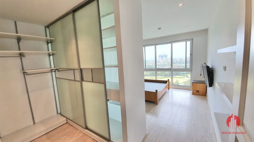 Huge golf view 182m2 apartment for rent in P2 Tower 20