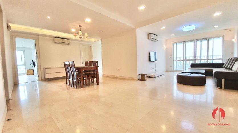 Huge golf view 182m2 apartment for rent in P2 Tower 9