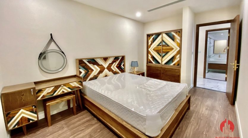 New luxurious 3BR apartment for rent in Sunshine City 2