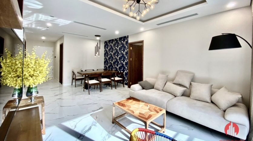 New luxurious 3BR apartment for rent in Sunshine City 8