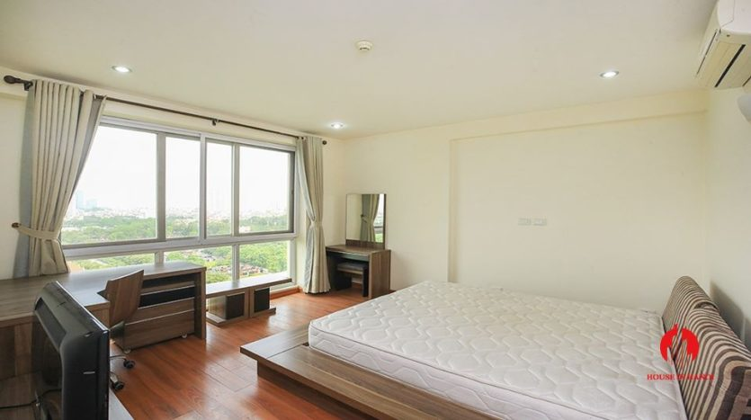 cheap apartment for rent in ciputra with golf view 10