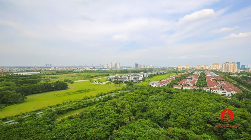 cheap apartment for rent in ciputra with golf view 6