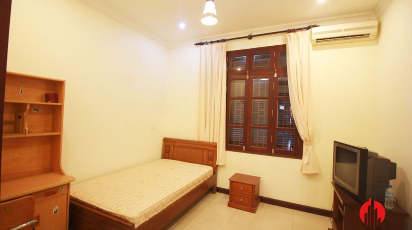 cheap house for rent in ciputra 17