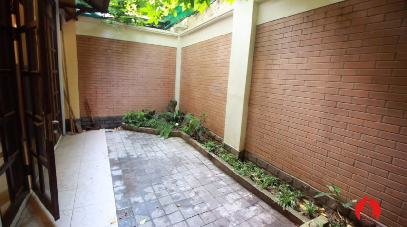 cheap house for rent in ciputra 22