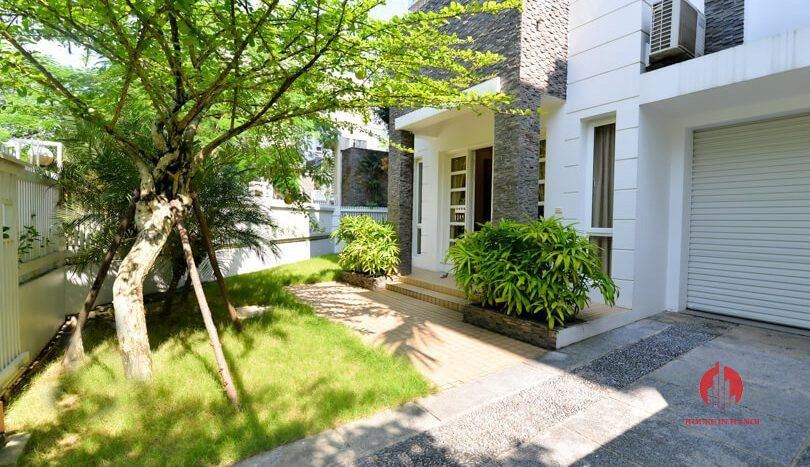 pool rooftop villa for rent in ciputra 16