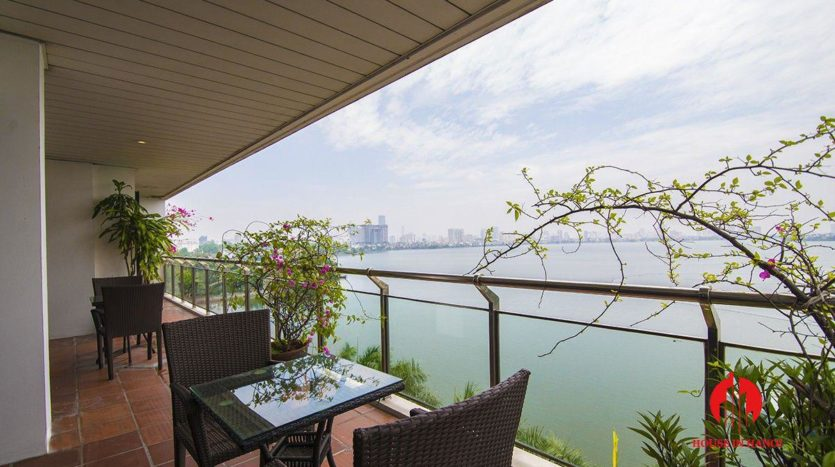apartment for rent in hanoi lake view 1