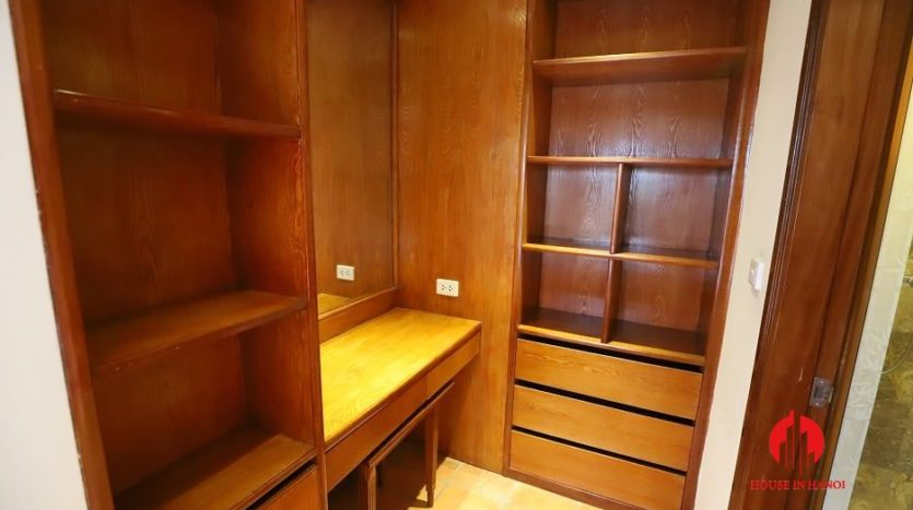 apartment for rent in truc bach 4