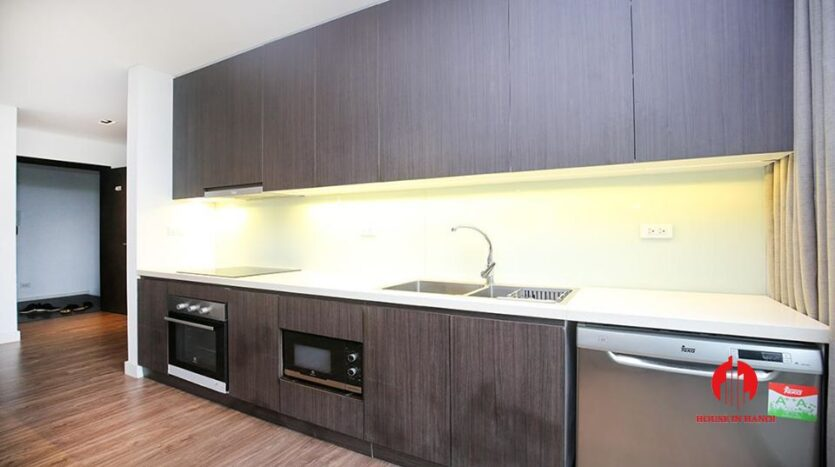 commodious 2 bedroom apartment for rent on to ngoc van 20