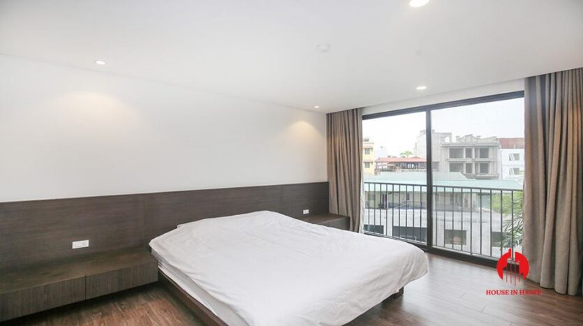 commodious 2 bedroom apartment for rent on to ngoc van 5