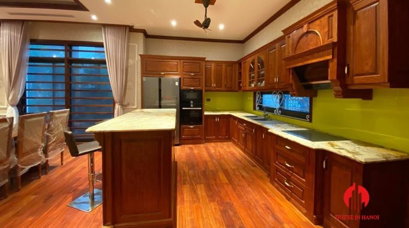 cozy western style villa for rent in starlake 9
