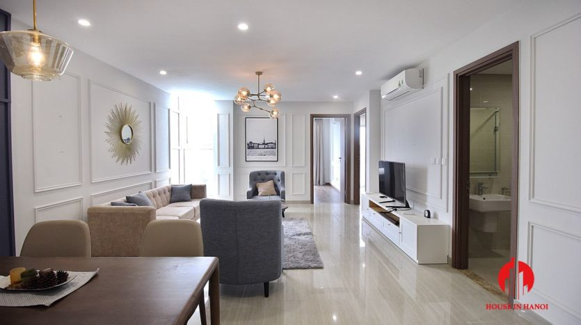 handsome apartment for rent in ciputra 1