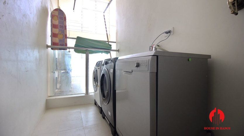 handsome apartment for rent in ciputra 11