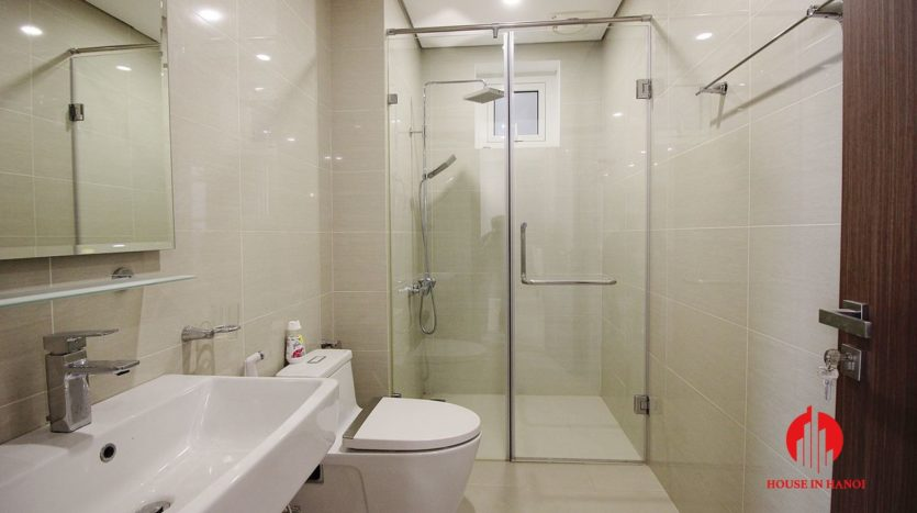 handsome apartment for rent in ciputra 8