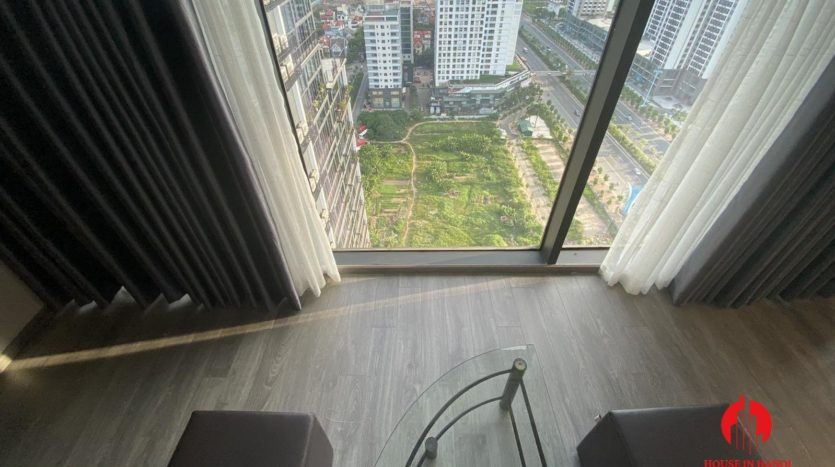 lavish mezzanine apartment for rent on lac long quan street 3