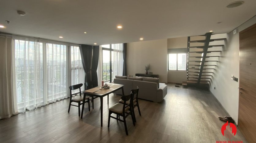 lavish mezzanine apartment for rent on lac long quan street 4