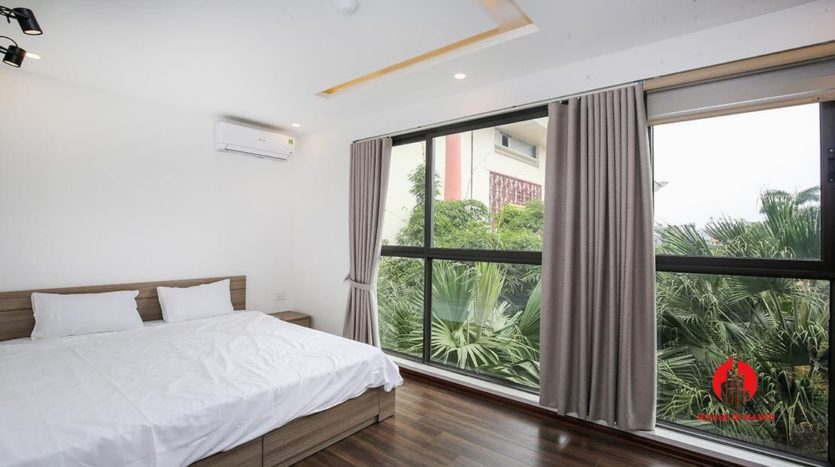 light filled apartment for rent on au co 17