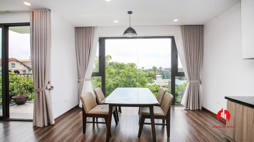 light filled apartment for rent on au co 8