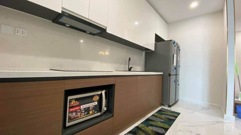 lovely apartment for rent in S2 tower sunshine city 4