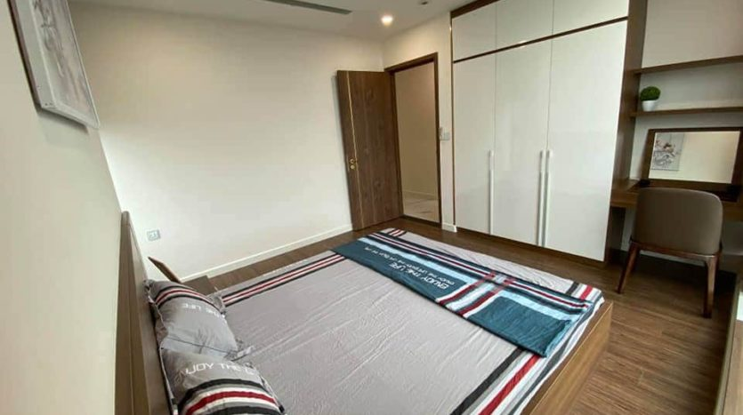 lovely apartment for rent in S2 tower sunshine city 6
