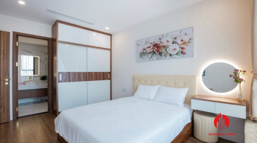 modish apartment for rent in Sunshine City 1
