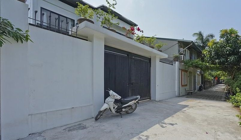 modish house for rent in tay ho