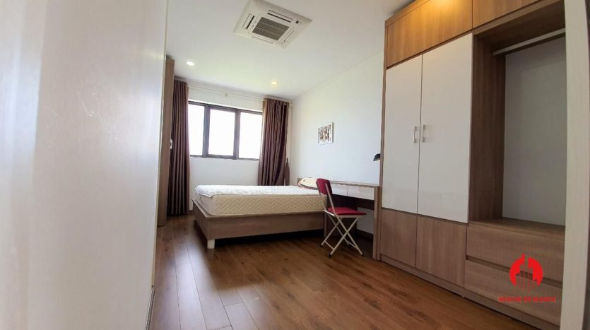park view apartment for rent in ngoai giao doan 11