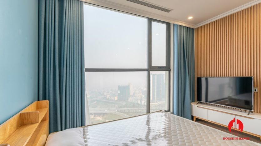 river view apartment for rent in ciputra hanoi 1
