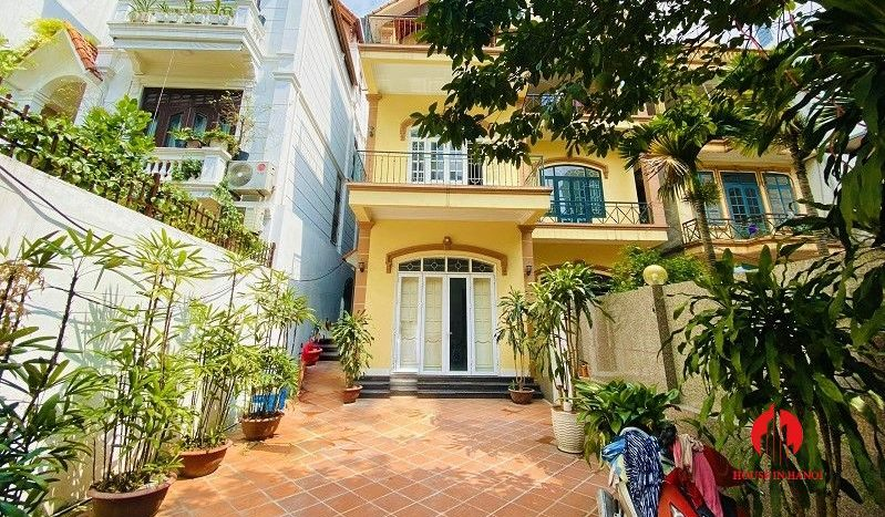 rustic house for rent on to ngoc van 10