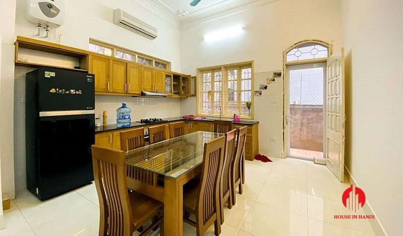 rustic house for rent on to ngoc van 4