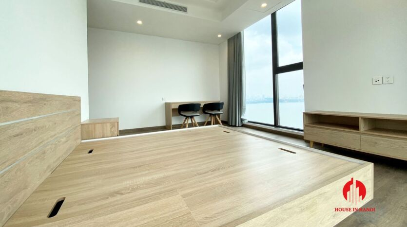 185m2 apartment for rent in sun grand thuy khue 16