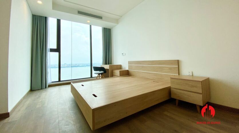 185m2 apartment for rent in sun grand thuy khue 2