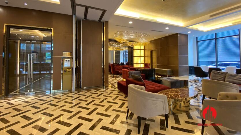 185m2 apartment for rent in sun grand thuy khue 27