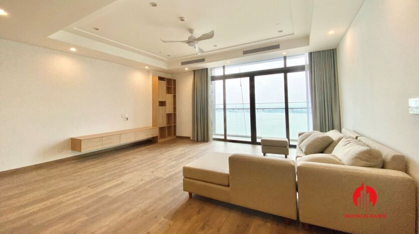 185m2 apartment for rent in sun grand thuy khue 3