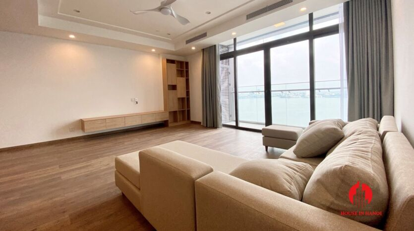 185m2 apartment for rent in sun grand thuy khue 39