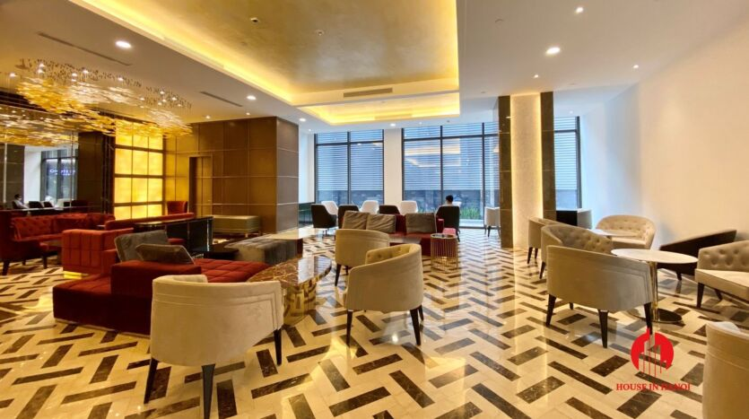 185m2 apartment for rent in sun grand thuy khue 40